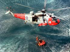 Sea King Mk 5 conducting dinghy drills for downed aircrew