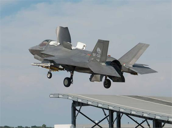 F-35 fighter jet is now cleared for take-off from HMS Queen Elizabeth