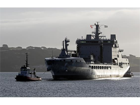 First Deck Landing Made on New RFA Tanker