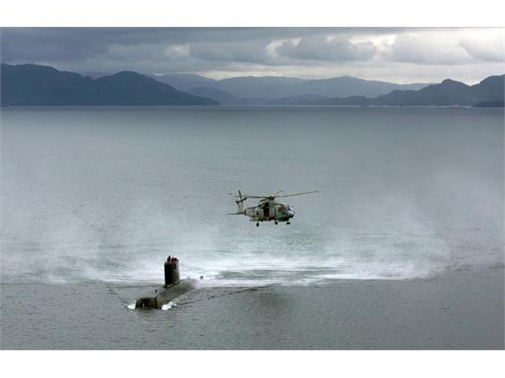 NAVY'S NO.1 SUBMARINE HUNTERS RISE TO CHALLENGE IN FJORDS