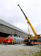 XV663 being lifted onto the JARTS trailer