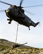 Sea King delivers 105mm gun to 29 Cdo RA, the Brigades Gunners